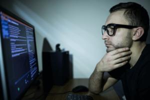 comando linux apt